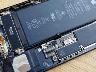 Este iPhone7 rezistent la apa? Să vedem cât rezistă!